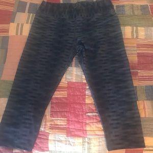 EUC PrAna Roxanne Cropped Capri yoga pants size XL